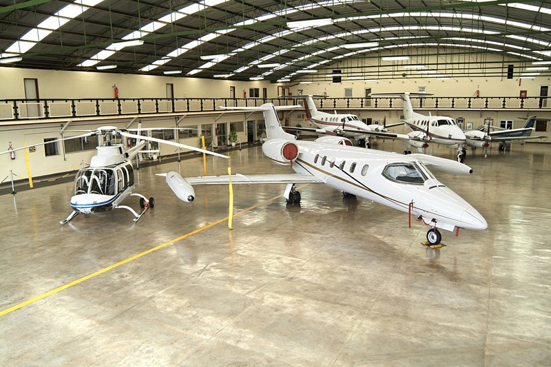 airplane hangar heating and cooling